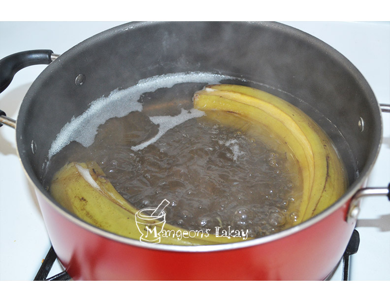 Boiling plantains